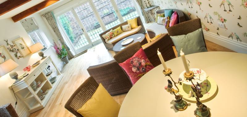 Knutsford garden room snowgoose interiors for Garden design knutsford